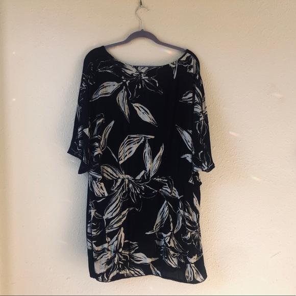 Amuse Society Dresses & Skirts - Amuse Society Beachy Floral print dress